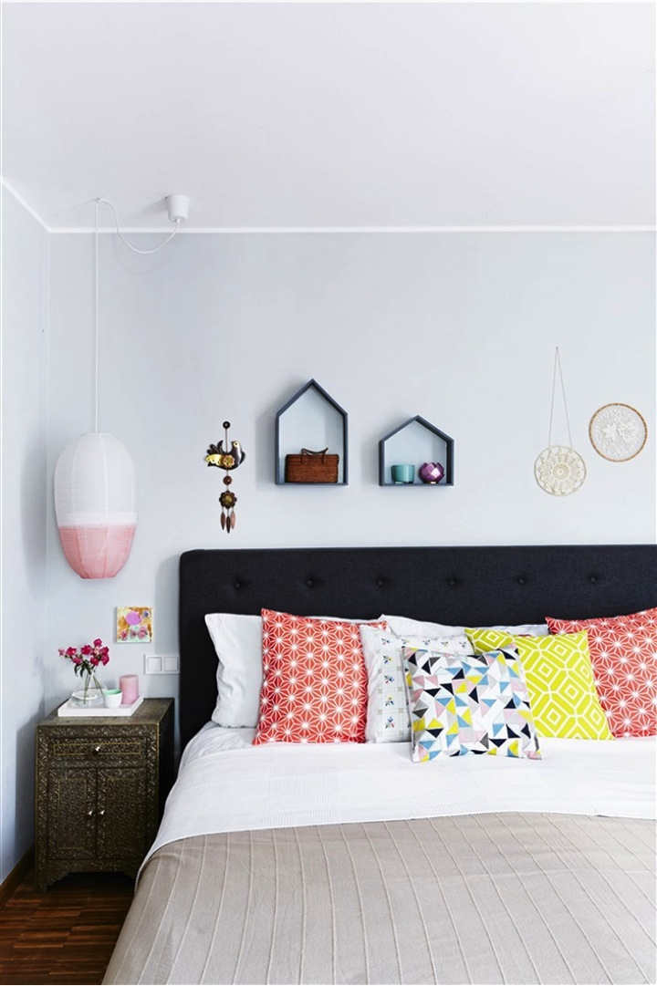bright pillows in the bedroom