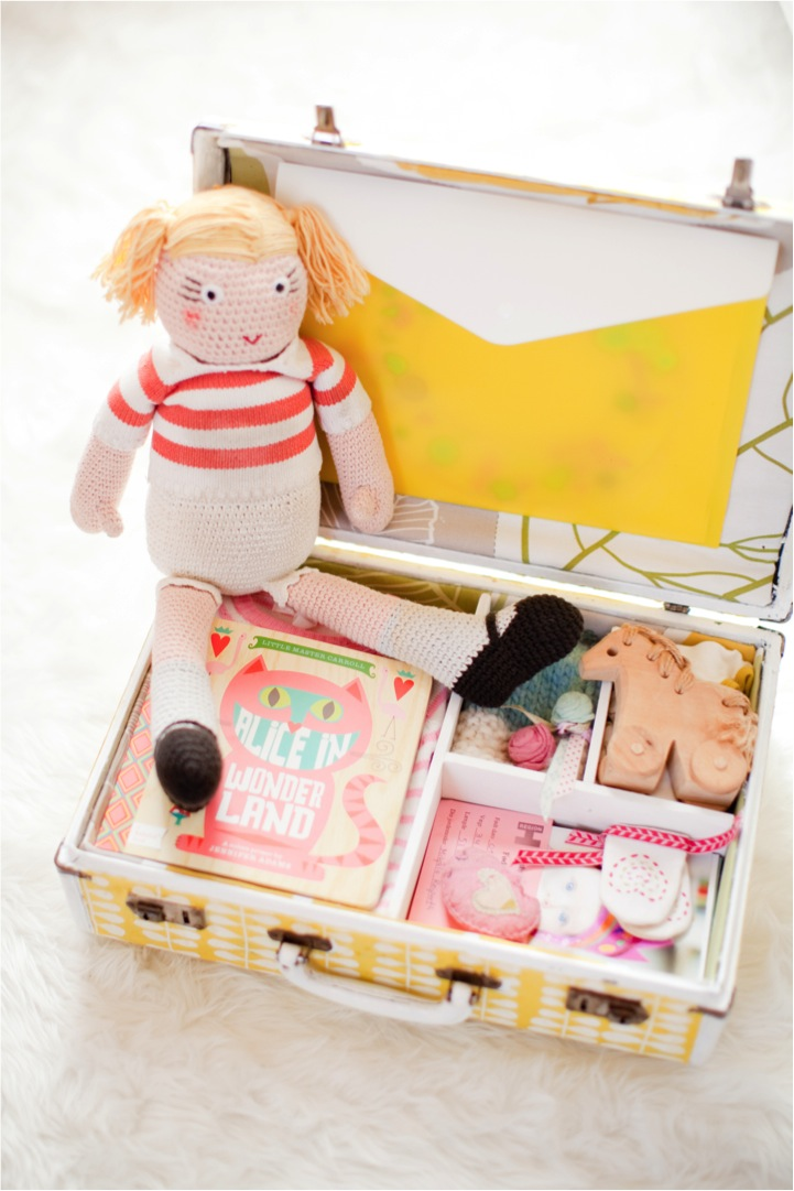 DIY keepsake memory box for baby treasures