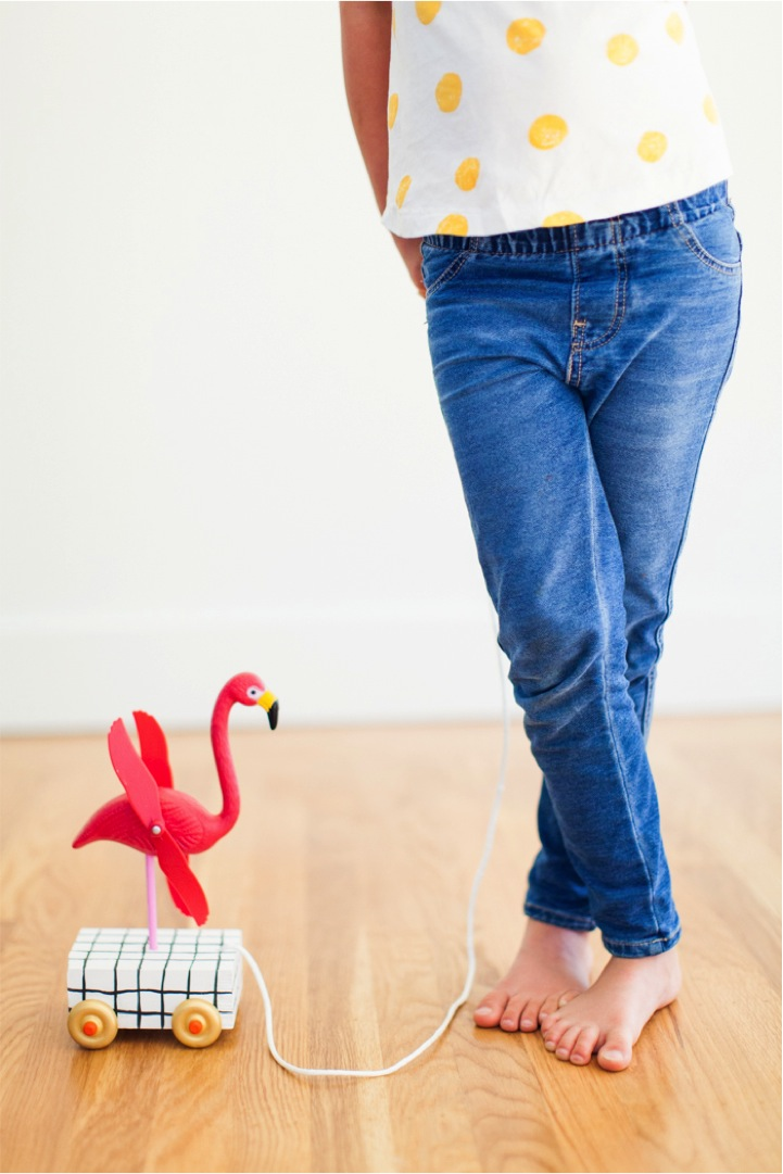 DIY flamingo pull toy for kids