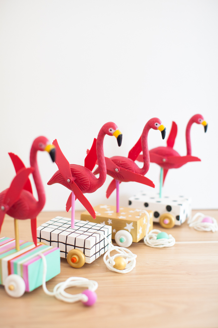 DIY flamingo pull toy
