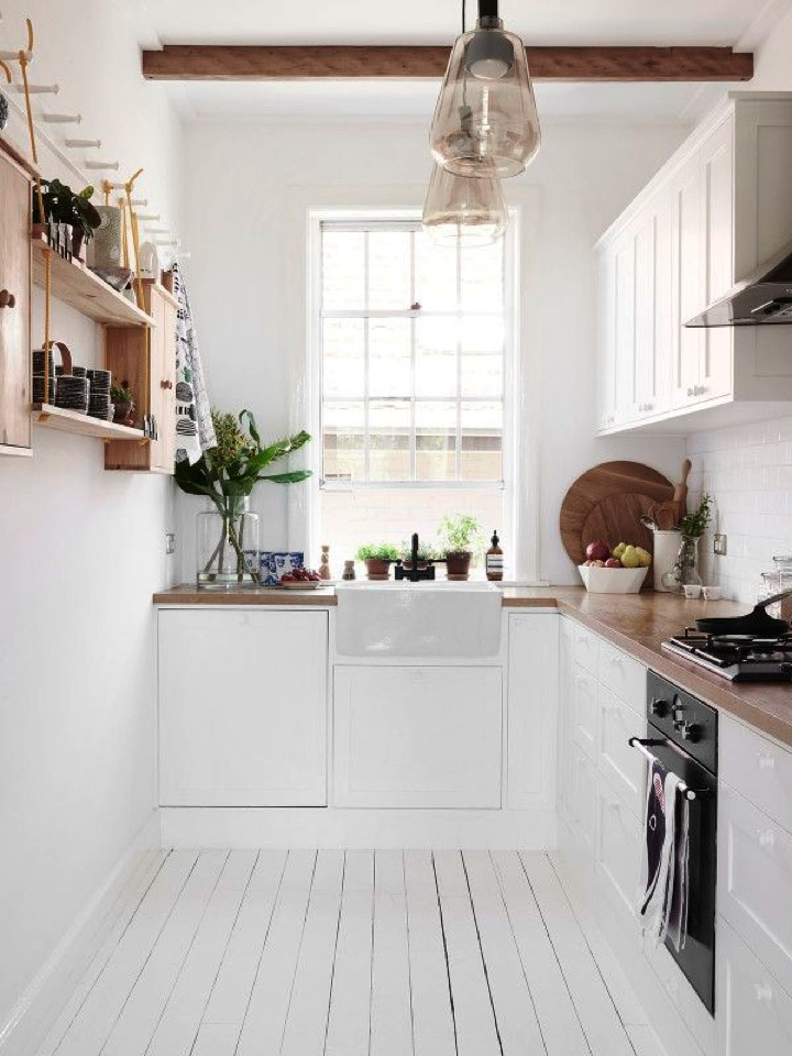 Live here a white oasis in australia this little street Bright kitchen