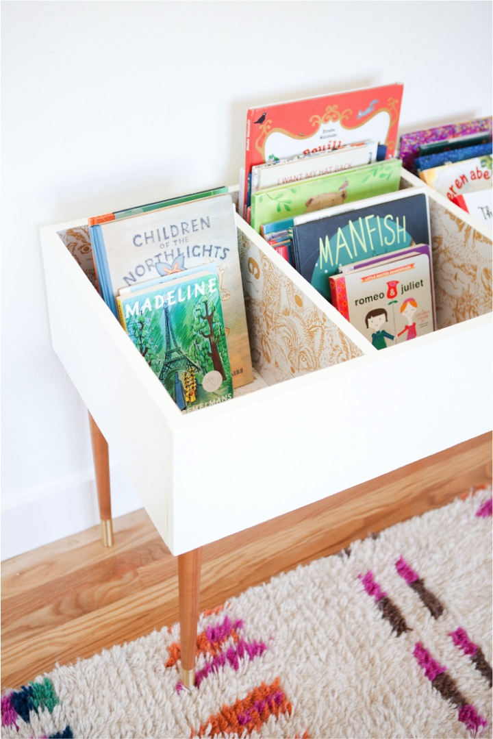 diy kids book bin this little street this little street. Black Bedroom Furniture Sets. Home Design Ideas